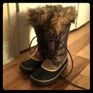 SOREL Joan of Arctic Winter Boots Size 9